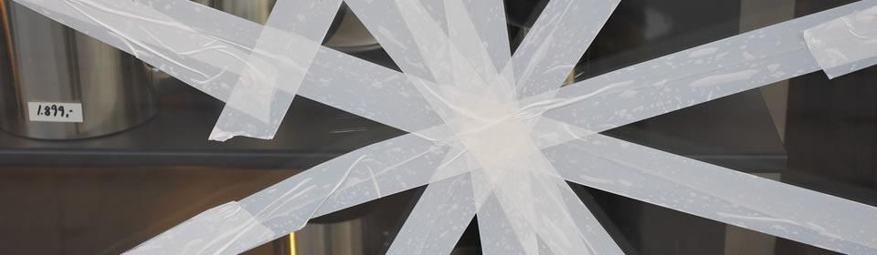 glas lekkage afgeplakt
